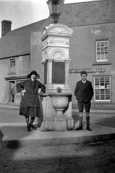 The War Memorial Caerleon. This was the original siting of the memorial in the Square at the junction of High Street and Cross Street.